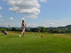 Senioři neskrývali nadšení z českolipského golfového hřiště